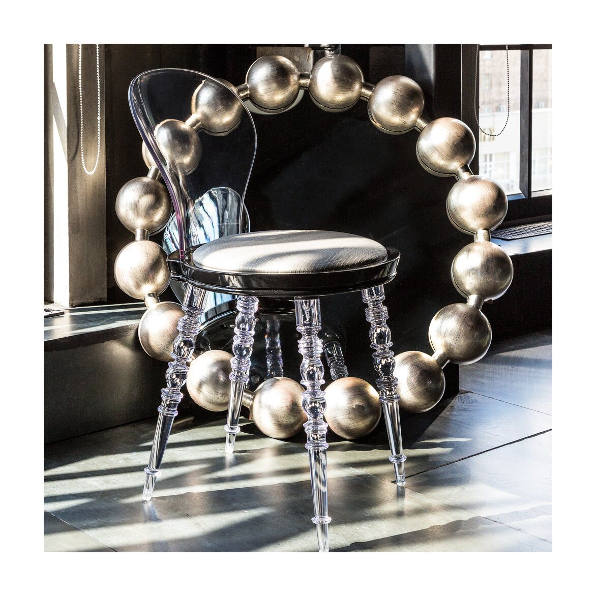 Настенное зеркало «Виконтесса Силвер» 3 | Настенные зеркала Kingsby
