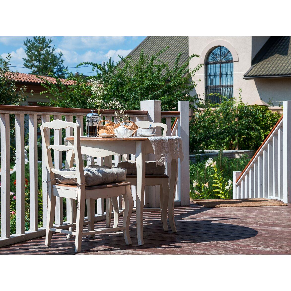 Стул с деревянным сиденьем Leontina, бежевого цвета 2   Обеденные стулья Kingsby