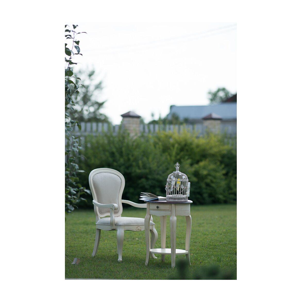 Полукресло с твердыми подлокотниками Leontina, бежевого цвета 4   Кресло-стул Kingsby