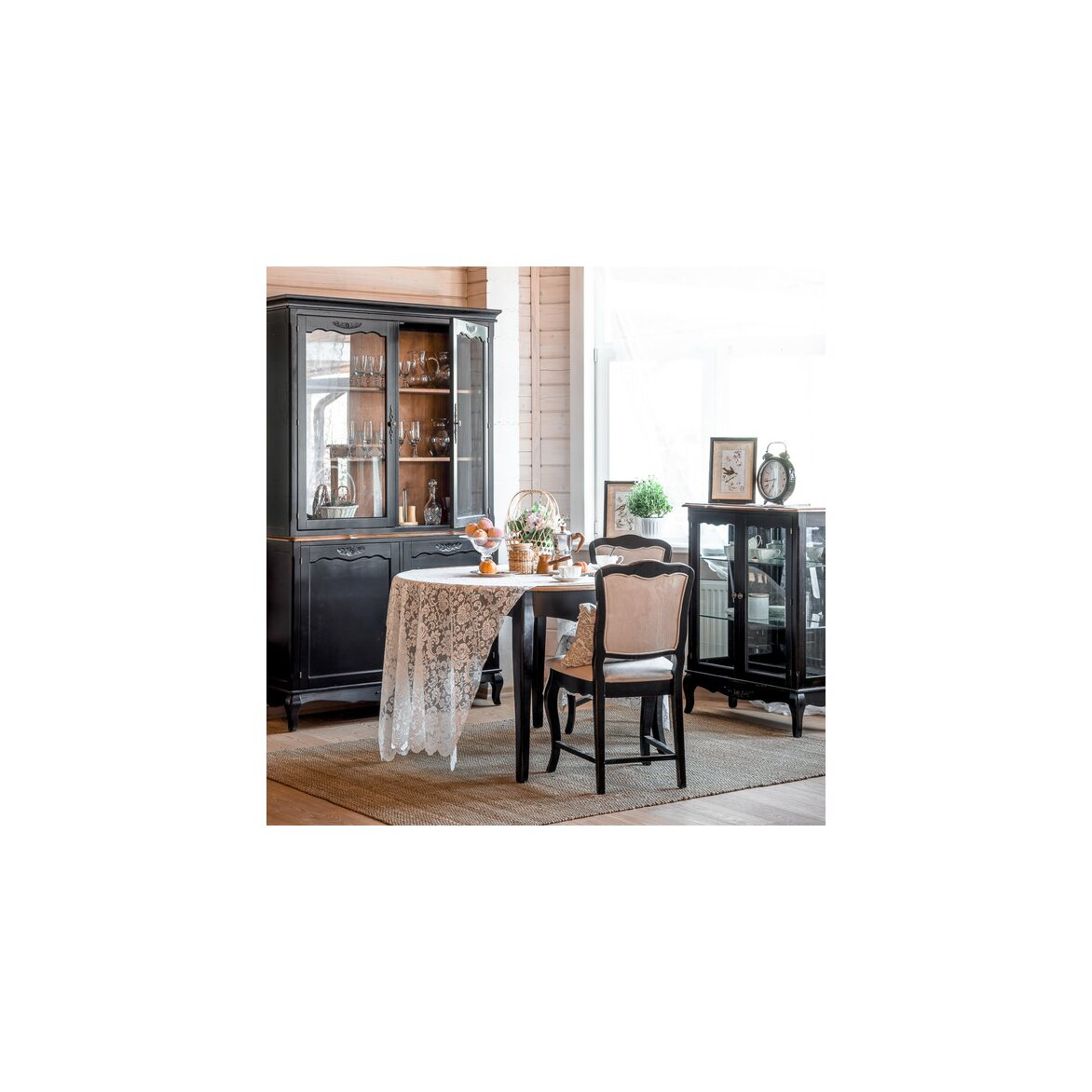 Стеклянная витрина (двойная) Leontina, черного цвета 2 | Витрины Kingsby