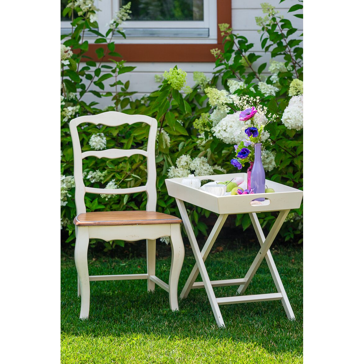 Раскладной столик Leontina, бежевого цвета 2 | Кофейные столики Kingsby