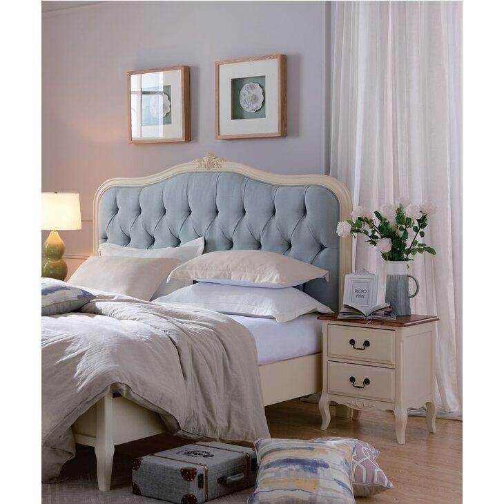 Кровать двуспальная Евро 194*212 с мягким голубым изголовьем Leontina, бежевого цвета | Двуспальные кровати Kingsby