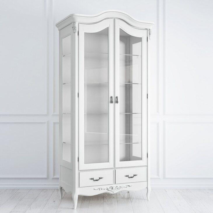 Сервант стеклянный Silvery Rome, белого цвета | Витрины Kingsby